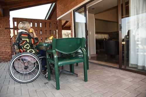 Warmbaths, A Forever Resort: 4-Sleeper Chalet. Wheelchair friendly. 2 bedrooms (1 double bed & 2 single beds)